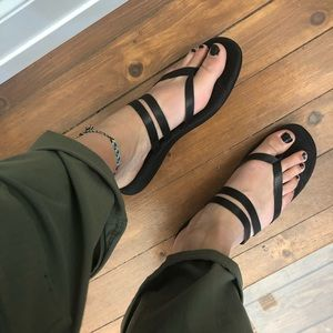 Size 11 Merrell Leather Sandals